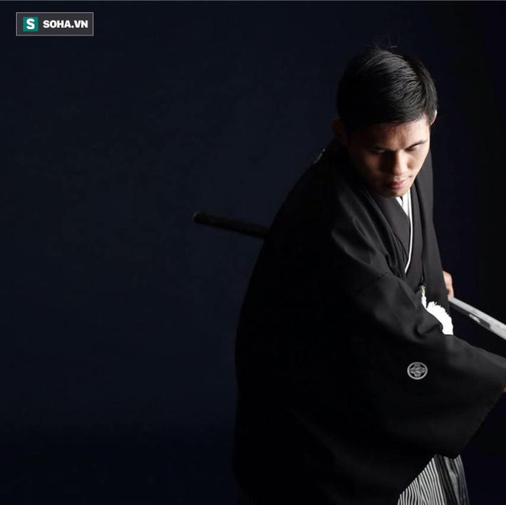 """Võ sĩ MMA người Mỹ gốc Việt: """"Nếu tôi siết cổ hoặc đánh gãy tay Flores thì sao?"""" - Ảnh 6."""