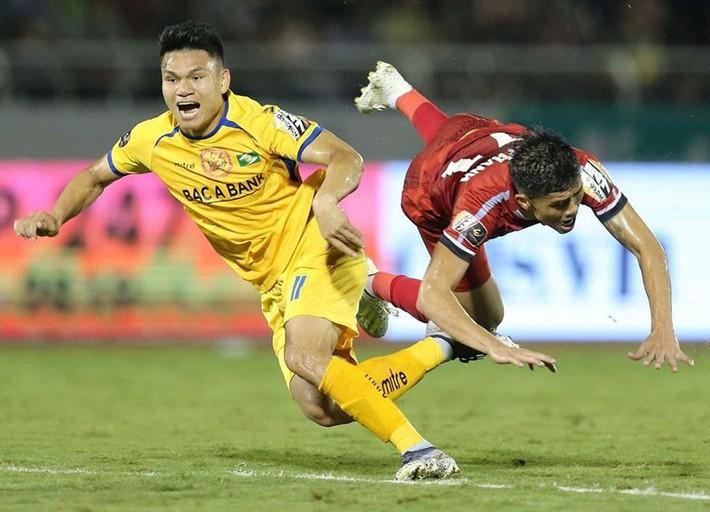 Ban kỷ luật 'sửa sai' cho hai trọng tài V-League và hạng Nhất - Ảnh 3.