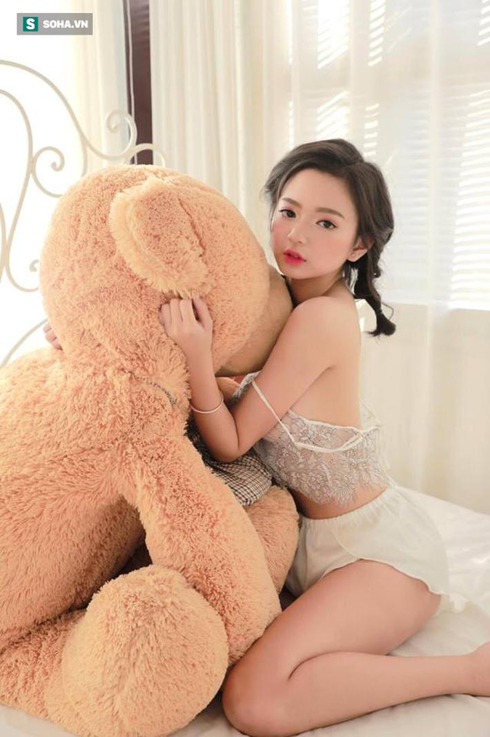 Hot girl nóng bỏng làng game Việt kể chuyện kiệt sức vì làm streamer - Ảnh 1.