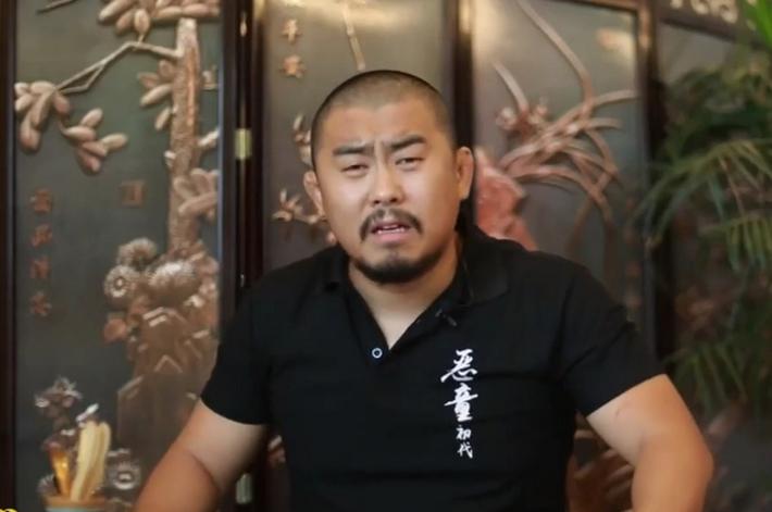 """Hé lộ lý do """"điên rồ"""" khiến võ sư Vịnh Xuân bị Từ Hiểu Đông đấm gục sau 47 giây - Ảnh 3."""