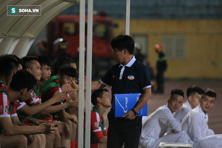 CLB Viettel chính thức chia tay HLV Hàn Quốc Lee Heung-sil - Ảnh 1.