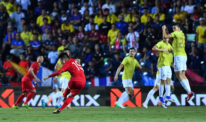 Vì sao Quang Hải không tỏa sáng ở King's Cup 2019? - Ảnh 1.