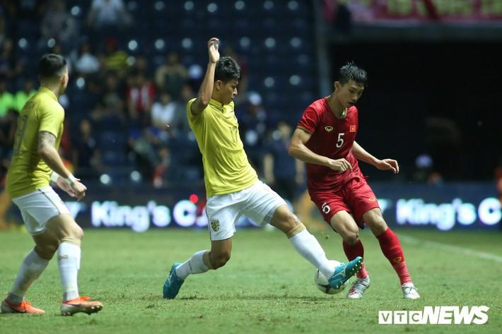 Điểm danh HLV Thái Lan mất việc từ khi HLV Park Hang Seo dẫn dắt tuyển Việt Nam - Ảnh 2.