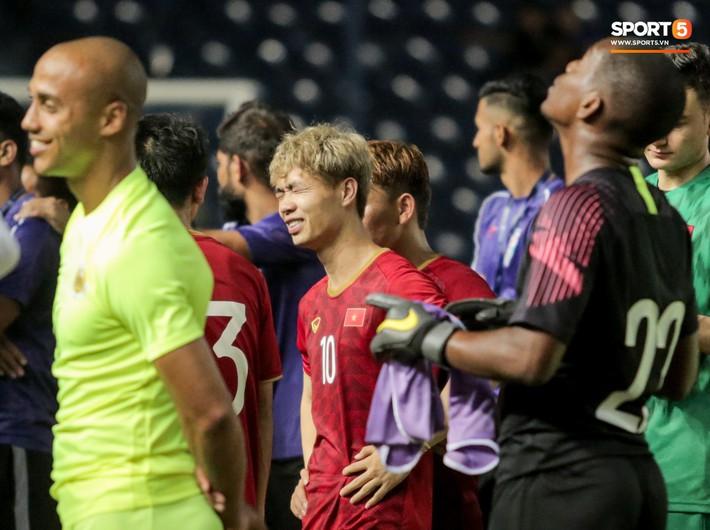 HLV Park Hang-seo troll Công Phượng, tiết lộ cái tên sợ đá 11m nhất ở chung kết King's Cup 2019 - Ảnh 1.