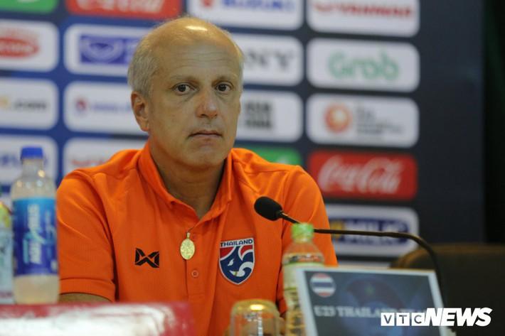 Điểm danh HLV Thái Lan mất việc từ khi HLV Park Hang Seo dẫn dắt tuyển Việt Nam - Ảnh 3.
