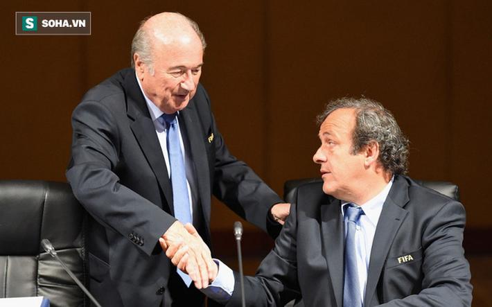 Platini: Con đường vinh quang bắt đầu bằng đòn bẩn khiến Beckenbauer lắc đầu cay đắng - Ảnh 1.