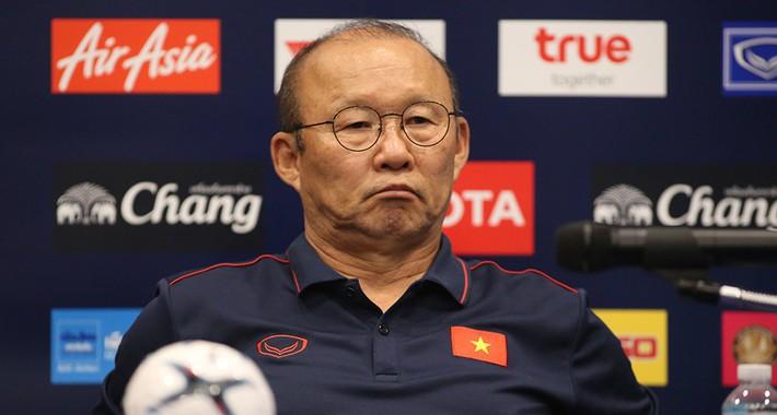 Từ Copa America đến bản hợp đồng của HLV Park Hang Seo - Ảnh 2.