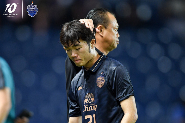 CĐV Buriram United nói lời tạm biệt Xuân Trường: Từ khi Thái Lan thua Việt Nam, cậu ấy chẳng còn xuất hiện ở đây nữa - Ảnh 3.