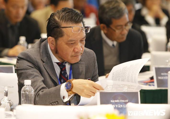 Chấp thuận cho Phó Chủ tịch Cấn Văn Nghĩa từ chức là cơ hội sửa sai của VFF - Ảnh 2.
