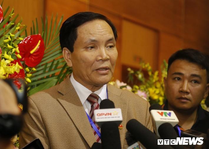 Chấp thuận cho Phó Chủ tịch Cấn Văn Nghĩa từ chức là cơ hội sửa sai của VFF - Ảnh 3.