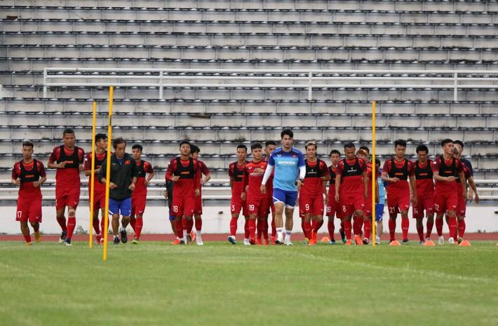 Công Phượng trầm lắng trong ngày hợp thành bộ tứ sành điệu ở đội tuyển Việt Nam - Ảnh 3.