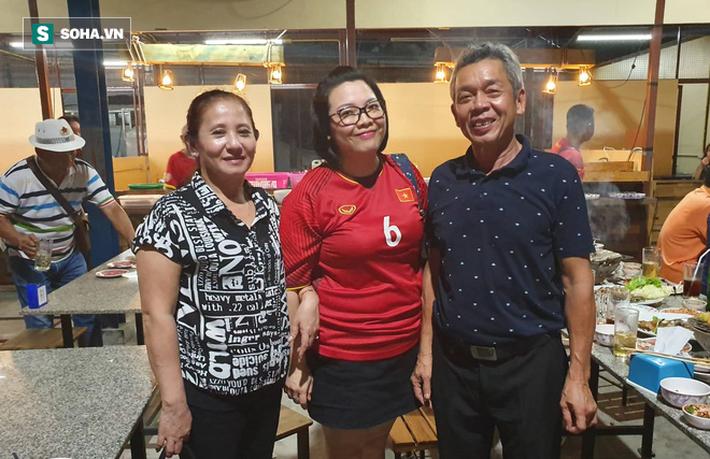 Bố Hồng Duy tin Việt Nam thắng Thái Lan, Công Phượng và Xuân Trường ghi bàn - Ảnh 1.