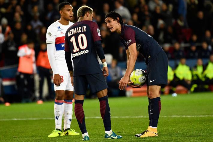 Neymar giữa tiền, người đẹp và vô kỷ luật - Ảnh 2.