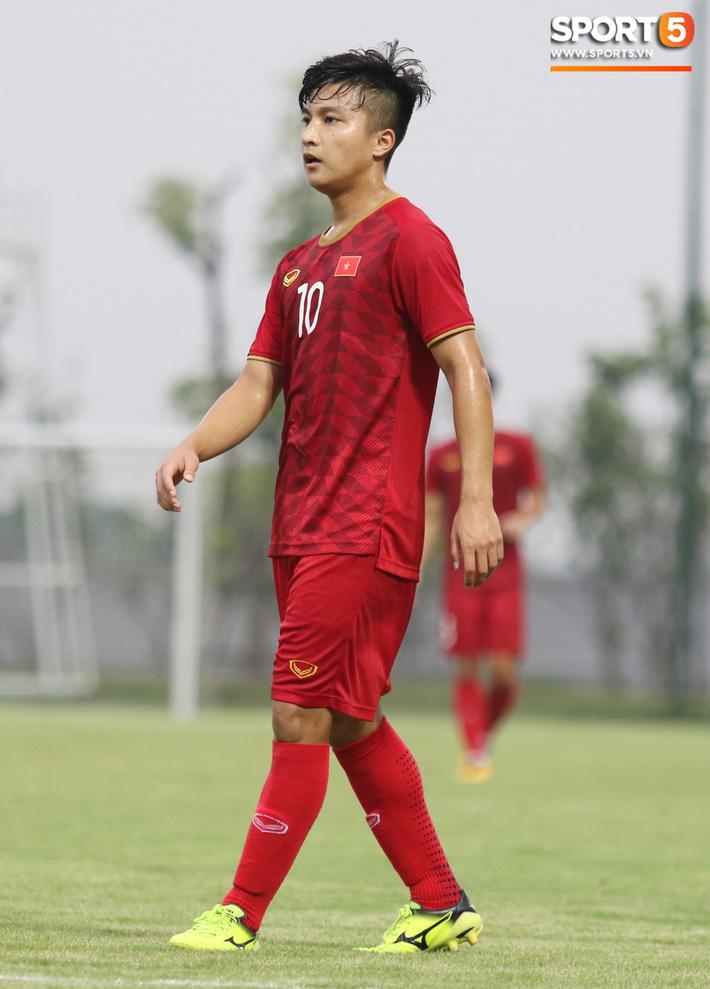Đánh bại U18 Việt Nam, HLV Park Hang-seo phát hiện nhân tố thay thế Đình Trọng tại SEA Games - Ảnh 7.