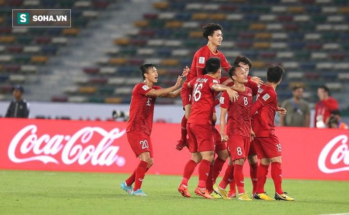 Lịch thi đấu của ĐT Việt Nam ở vòng loại World Cup 2022: Đụng Thái Lan ngay trận mở màn - Ảnh 1.