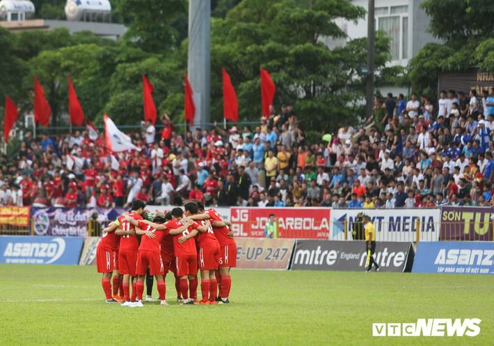Vòng 17 V-League 2019: Hà Nội FC đòi lại ngôi đầu, HAGL thoát hiểm? - Ảnh 3.