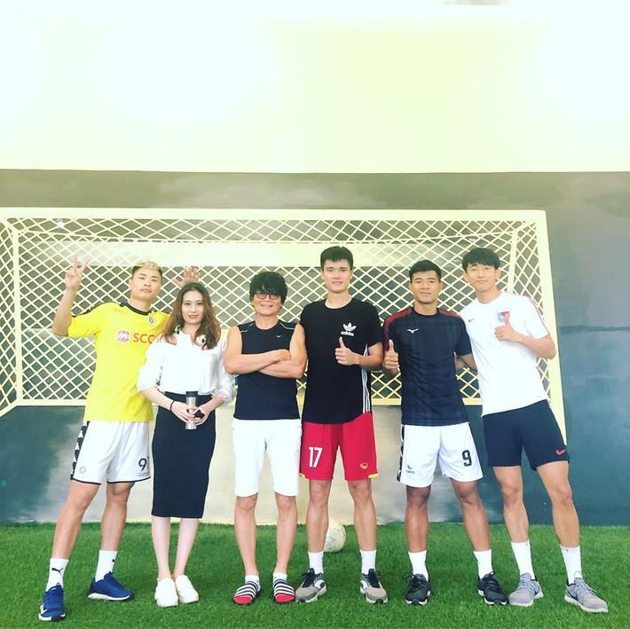 Hà Đức Chinh tốt nghiệp khóa dưỡng thương, sẵn sàng tái xuất tại V.League 2019 - Ảnh 3.