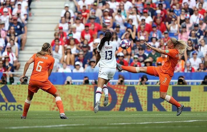 Tuyển Mỹ lập kỷ lục vô địch World Cup nữ - Ảnh 5.
