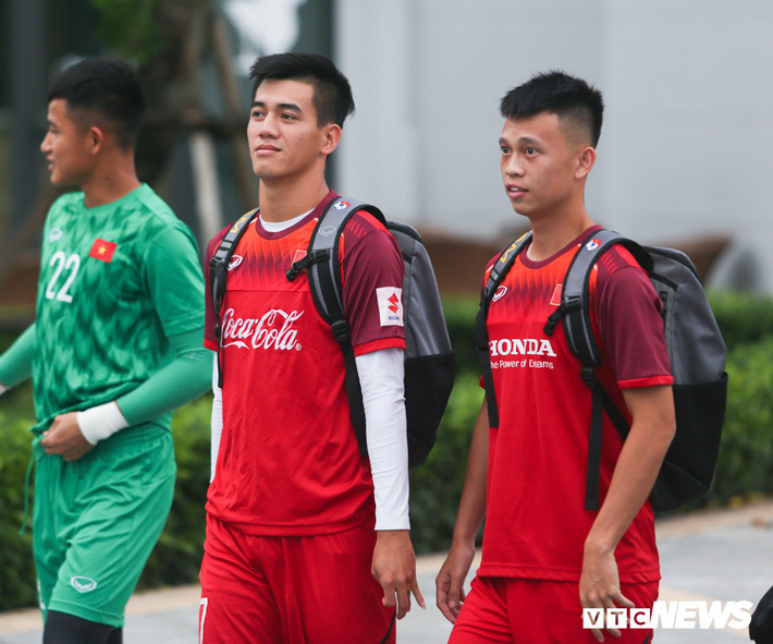 Vua phá lưới nội V-League tiết lộ cách ghi điểm với HLV Park Hang Seo - Ảnh 1.