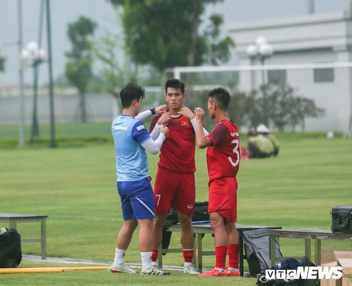 Vua phá lưới nội V-League tiết lộ cách ghi điểm với HLV Park Hang Seo - Ảnh 2.