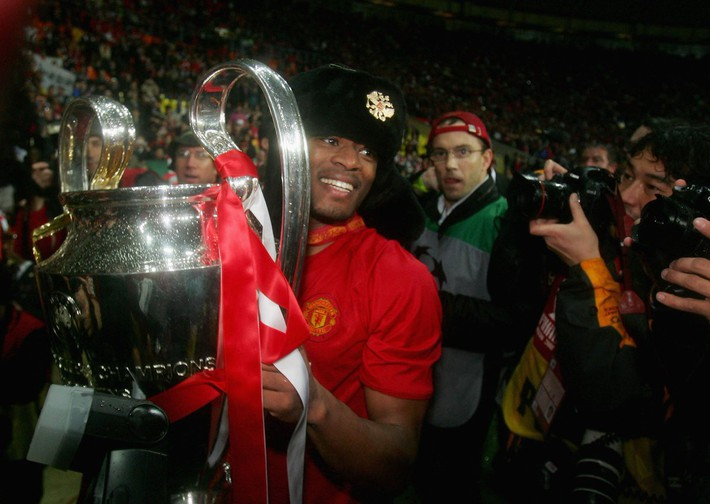 Patrice Evra: Lời sấm đêm vô địch Champions League của Sir Alex khiến Man United bất tử - Ảnh 9.