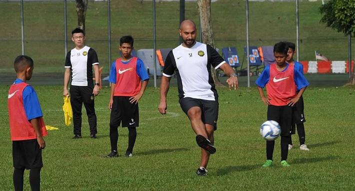 Vô địch Đông Nam Á, Malaysia 'lần tìm bộ gene' - Ảnh 2.