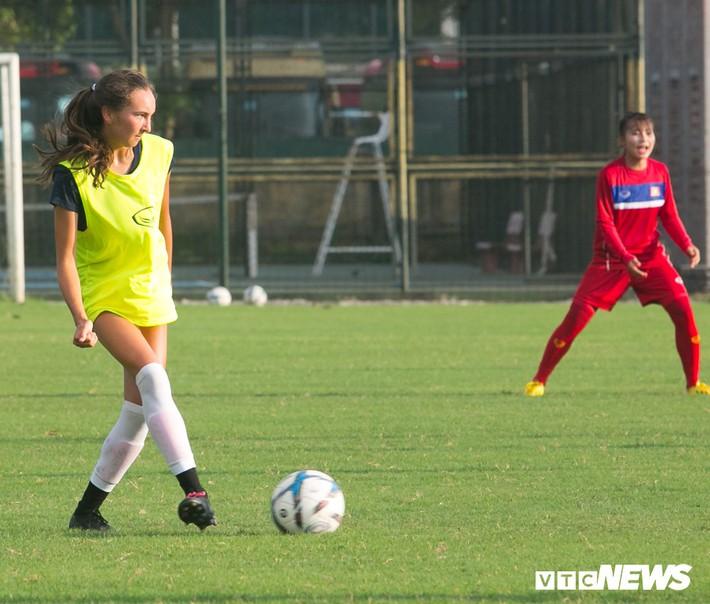 Bộ đôi cầu thủ Việt kiều toả sáng trong buổi tập cùng U19 Việt Nam - Ảnh 11.