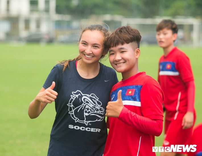 Bộ đôi cầu thủ Việt kiều toả sáng trong buổi tập cùng U19 Việt Nam - Ảnh 14.