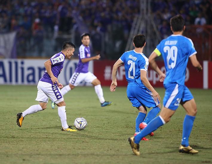 Ông Hải lơ: Quang Hải giúp thầy Park dễ thở khi đấu Thái Lan - Ảnh 1.