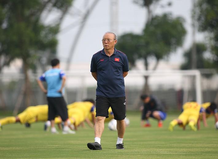 Ông Hải lơ: Quang Hải giúp thầy Park dễ thở khi đấu Thái Lan - Ảnh 2.