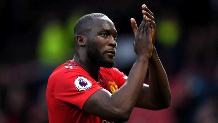 Romelu Lukaku: Khi MU thua, họ chỉ chửi rủa tôi và Pogba, Sanchez - Ảnh 1.