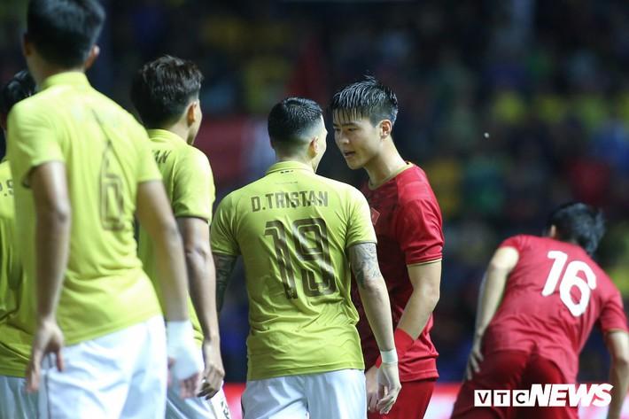 Gặp tuyển Việt Nam, tuyển Thái Lan đá sân nhà cũng vất vả - Ảnh 1.