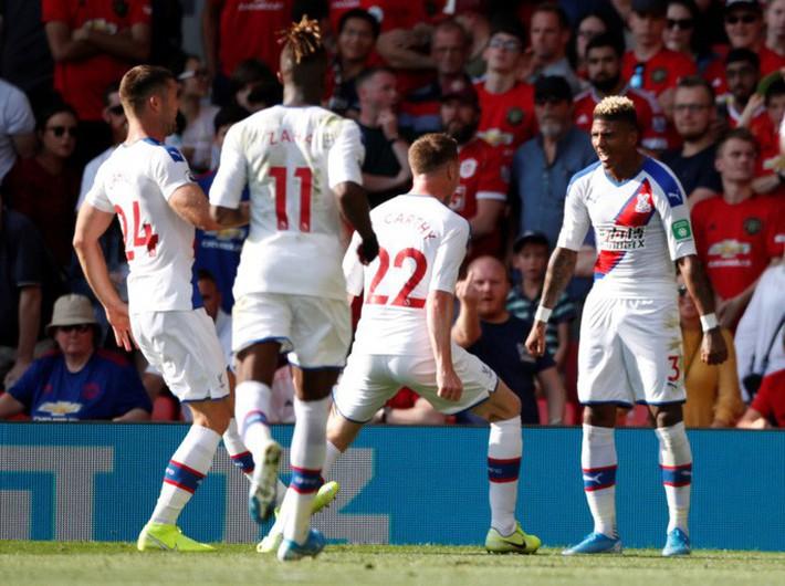 Man United thua sốc Crystal Palace, báo chí Anh chỉ tên tội đồ - Ảnh 1.