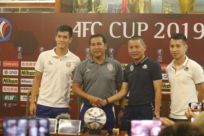 Mơ lật ngược thế cờ tại AFC Cup, học trò thầy Park muốn bắt chết át chủ bài của Hà Nội - Ảnh 1.