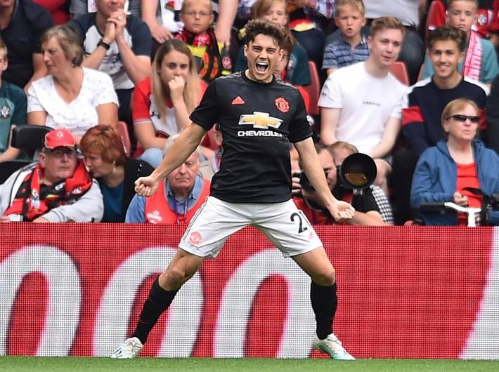 Sai lầm của Lindelof hóa ra chưa phải là điều duy nhất khiến Man United sảy chân - Ảnh 1.