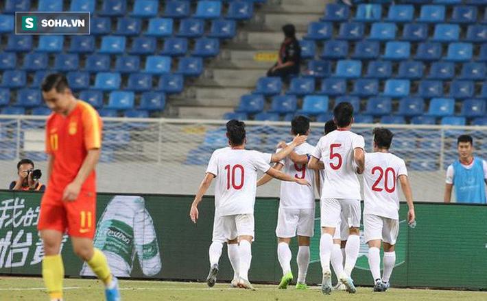 Thầy Park vừa có được điều còn quý hơn cả trận thắng Trung Quốc cho giấc mơ của bóng đá VN - Ảnh 1.