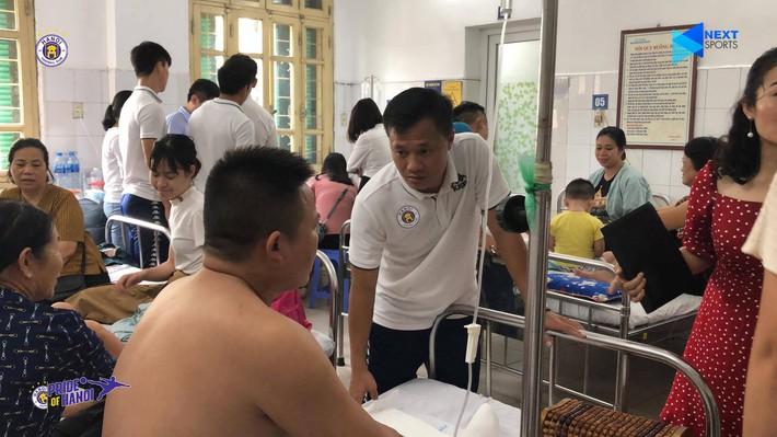 6 dấu ấn đáng nhớ của cuộc thư hùng Hà Nội FC vs Nam Định bị quả pháo sáng xấu xí che mờ - Ảnh 3.