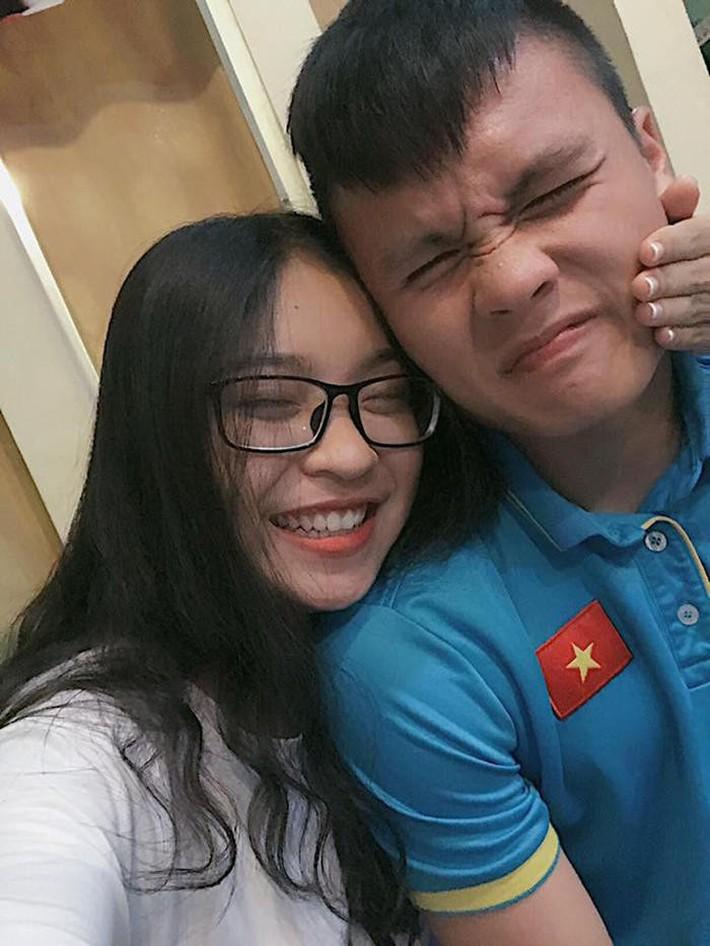 Ba năm yêu Quang Hải, Nhật Lê chịu quá nhiều thiệt thòi? - Ảnh 2.