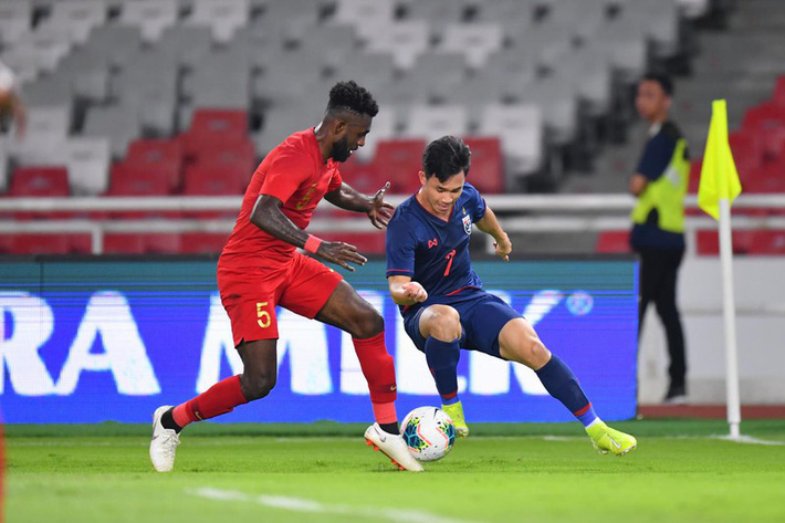 HLV Nishino lên kế hoạch đá bại Van Marwijk - Ảnh 2.