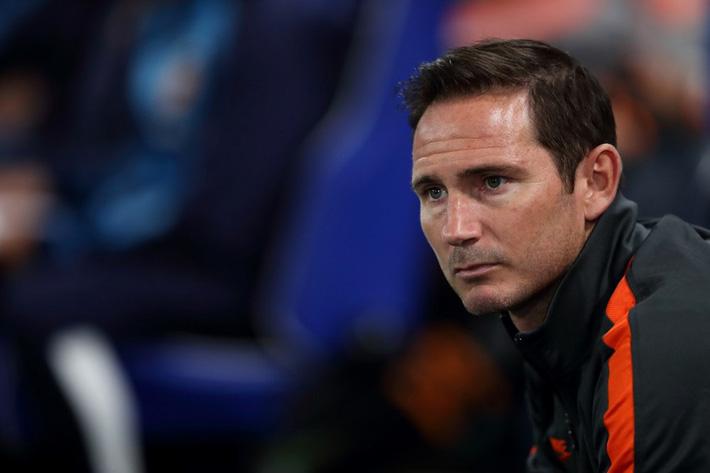 Chelsea thua sốc, CĐV đòi sa thải HLV Frank Lampard - Ảnh 2.