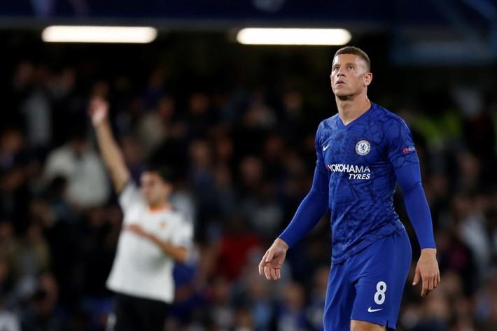 Cầu thủ Chelsea tranh nhau đá phạt đền, HLV Lampard nói gì? - Ảnh 3.