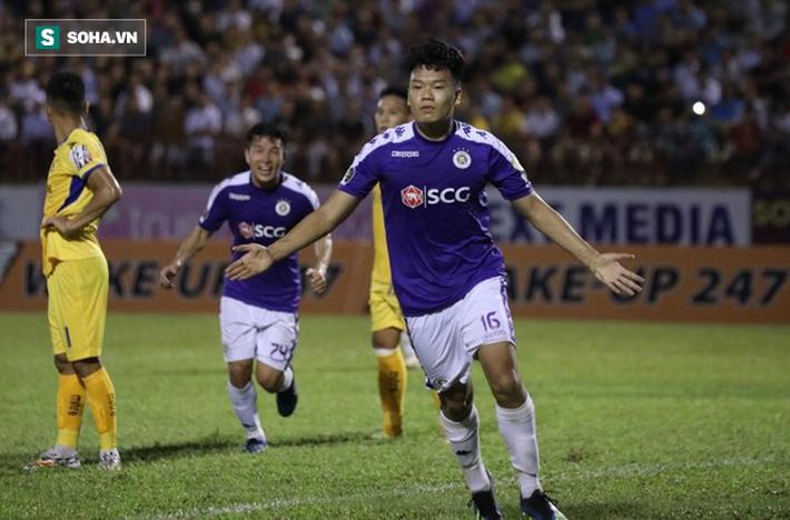 Vũ khí bí mật của thầy Park lập công, Hà Nội FC chính thức lên ngôi vô địch V.League - Ảnh 4.