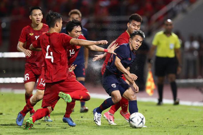 Nhắc đến World Cup, Messi Thái Chanathip chỉ ra sự thật phũ phàng về bóng đá Thái Lan - Ảnh 1.