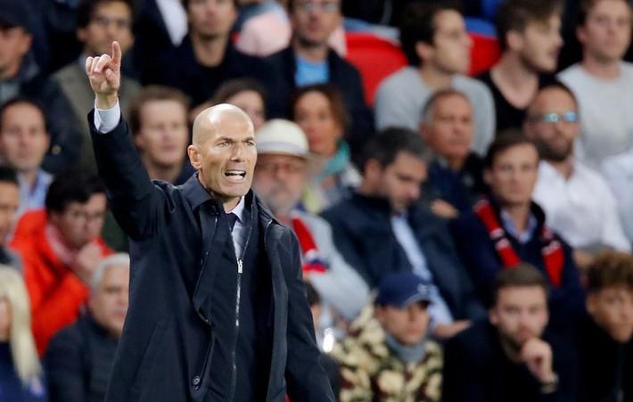 Zidane không quan tâm chuyện Mourinho 'giật ghế' - Ảnh 2.