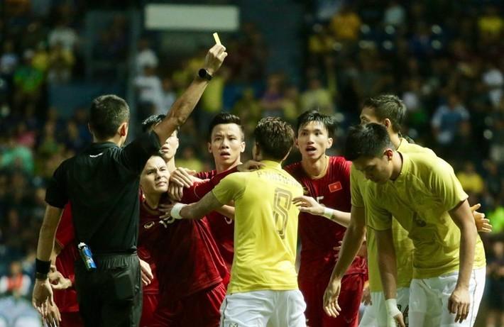 Văn Hậu sang Hà Lan và sự trỗi dậy của bóng đá Việt Nam trước Thái Lan - Ảnh 2.