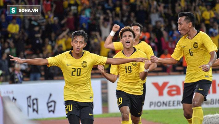 Ngược dòng nghẹt thở phút 90+7, Malaysia gieo mối lo lớn cho tuyển Việt Nam - Ảnh 1.