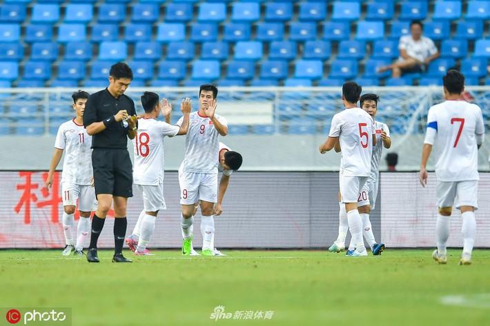 Chuyên gia Vũ Mạnh Hải: Cầu thủ U22 Trung Quốc quá kém cỏi, thua cả đội B của U22 Việt Nam - Ảnh 2.