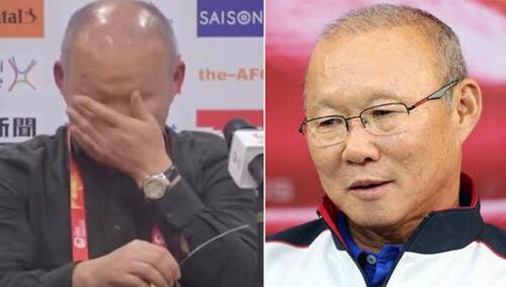 HLV Park Hang Seo cúi đầu trước ông Hiddink: Trọng thầy mới được làm thầy! - Ảnh 1.