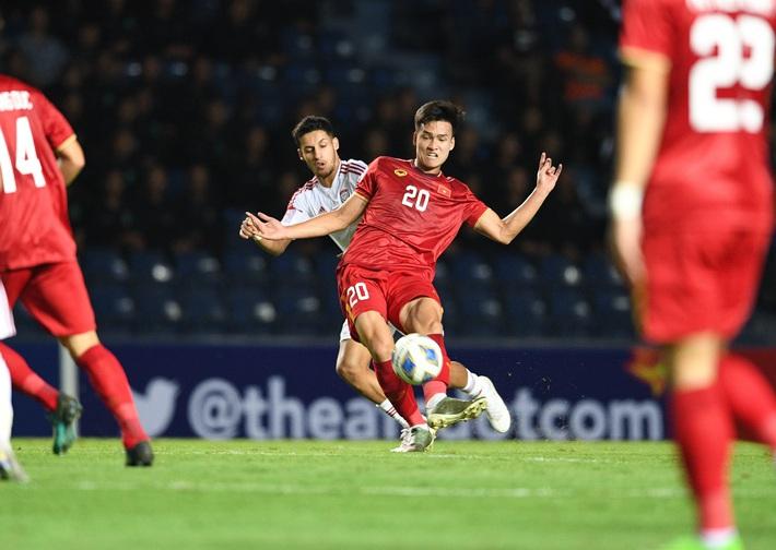 U23 Việt Nam gãy cánh, nhưng chưa đáng lo bằng việc Quang Hải bị phế võ công - Ảnh 1.