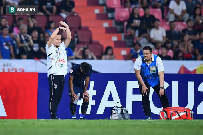 Nhìn Thái Lan thua đau, mới thấy nỗi lo của thầy trò HLV Park Hang-seo không hề nhỏ - Ảnh 2.